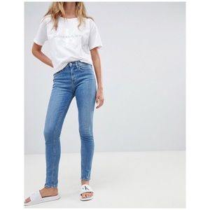 Calvin Klein High Rise skinny Jeans light wash 2